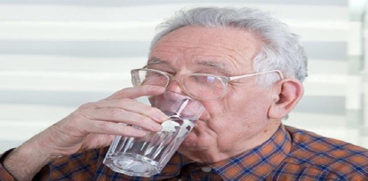 Déshydratation et personnes âgées